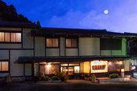 ふるさとがしのばれる宿 角屋旅館